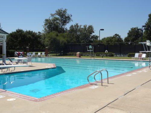 commonwealth sugar land swimming pool